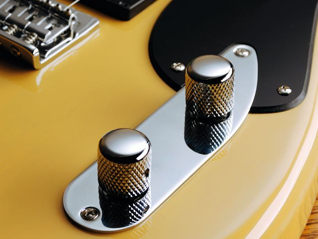 The '51's control surface recalls the classic Fender P-Bass.