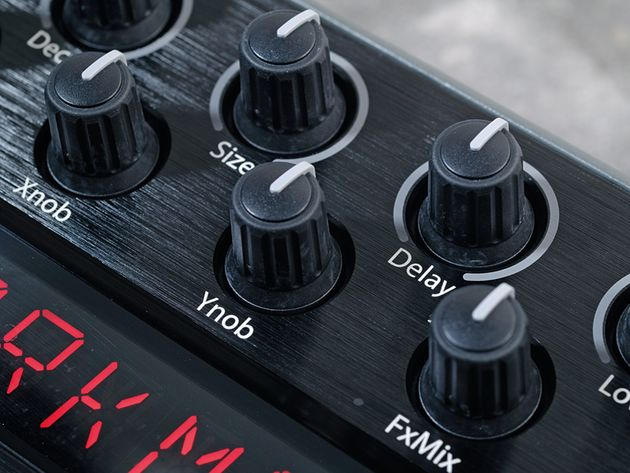 A wide range of knobs give you the power to edit various reverb effects.