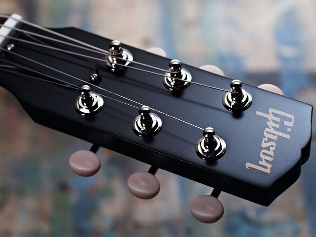 The headstock bears the classic Gibson logo.
