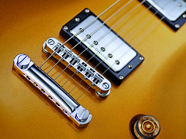 The chromed Tone Pros tune-o-matic bridge and stud tailpiece set-up.