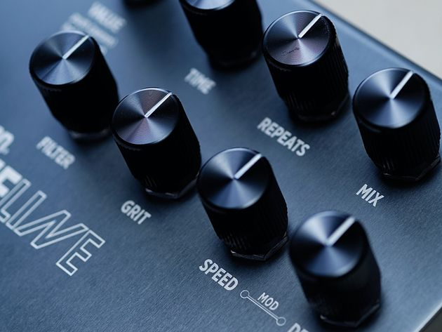 Build quality is excellent and all the knobs feel stage-ready.