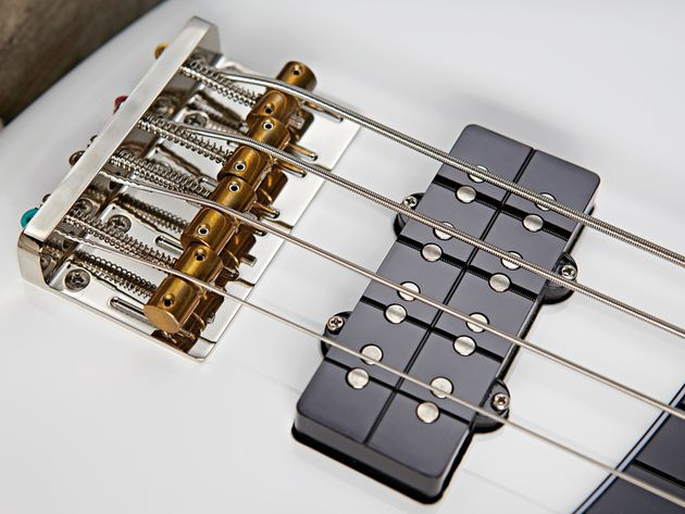 The Jazz Bass's humbucking pickups give classic J-Bass projection - but more of it!