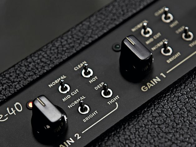 The various switches have a dramatic effect on the overall tone.