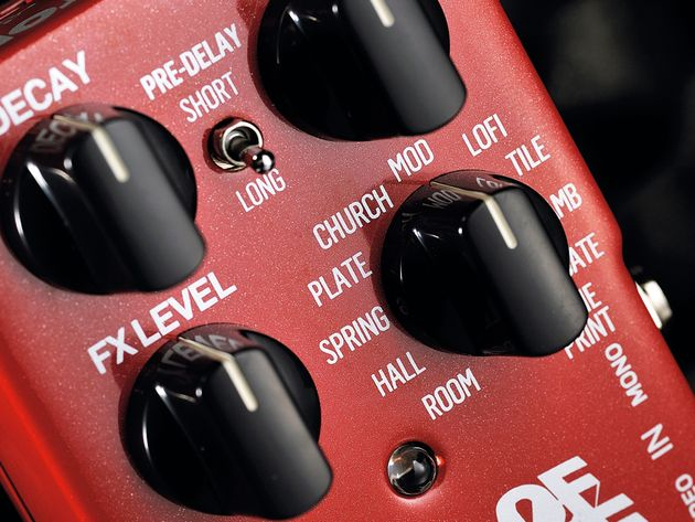 Note the two-way switch to select short or long 'pre-delay' for the reverb types.
