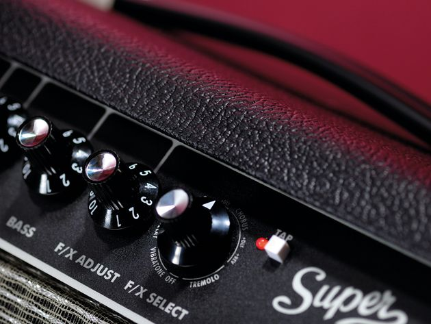 The Fender Super Champ X2 evokes the classic 'Blackface' design.