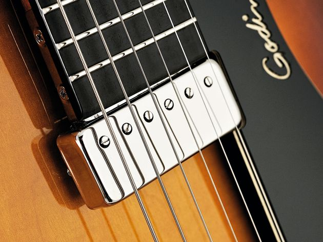 The 5th Avenue Jazz's humbucker has a full-bodied voice with excellent top-end clarity.