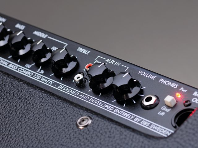 The extra frequency control allows a more precise targeting of the important midrange and really helps to obtain the clearest sounds from your bass, regardless of make or quality – it's a huge asset.