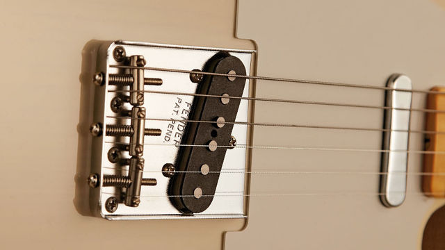The '58 has staggered magnets on its bridge pickup and great neck-and-middle 'chime'