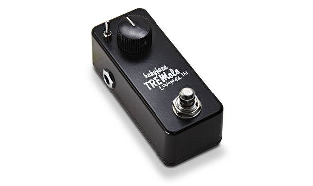 You also get two 'set and leave' controls inside the chassis for tremolo depth (effected/dry ratio) and output volume