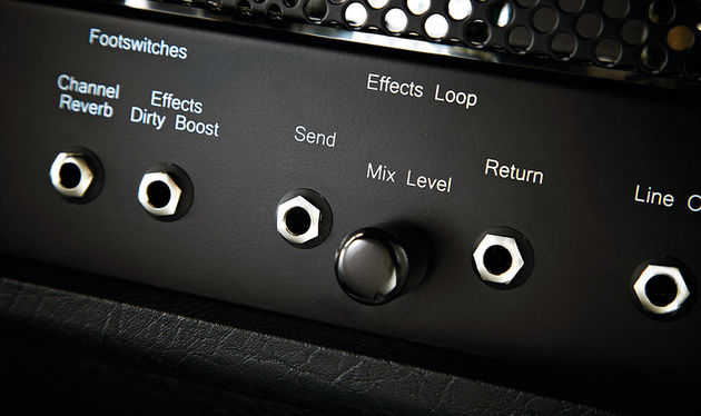 A valve-powered parallel effects loop with mix control makes it easy to interface all your stompboxes and rack effects