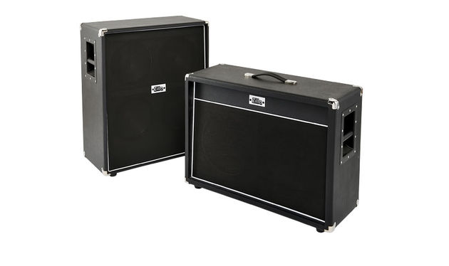 We've opted for fairly inoffensive black and white, but Zilla offers up to 40 different standard vinyl/Tolex colour options at zero upcharge