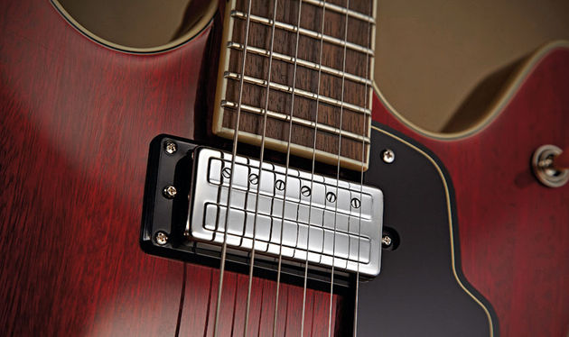 The Starfire's 'Anti-Hum' pickups were reverse-engineered from originals