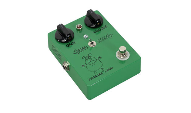 The Big Amp/Little Amp toggle switch delivers the sound of a 4x12 stack or a 2x12 combo