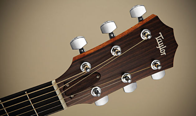 The Tusq nut and compensated saddle means excellent intonation and stability