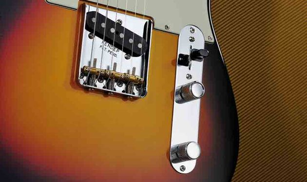The Custom Shop Broadcaster pickup in the bridge position delivers one of the most iconic guitar sounds of all time