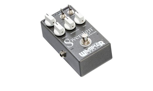 The Bright/Even switch and the two knobs offers massive flexibility that will let you focus your tone perfectly