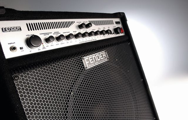 This 15-inch bass combo has been upgraded with more power