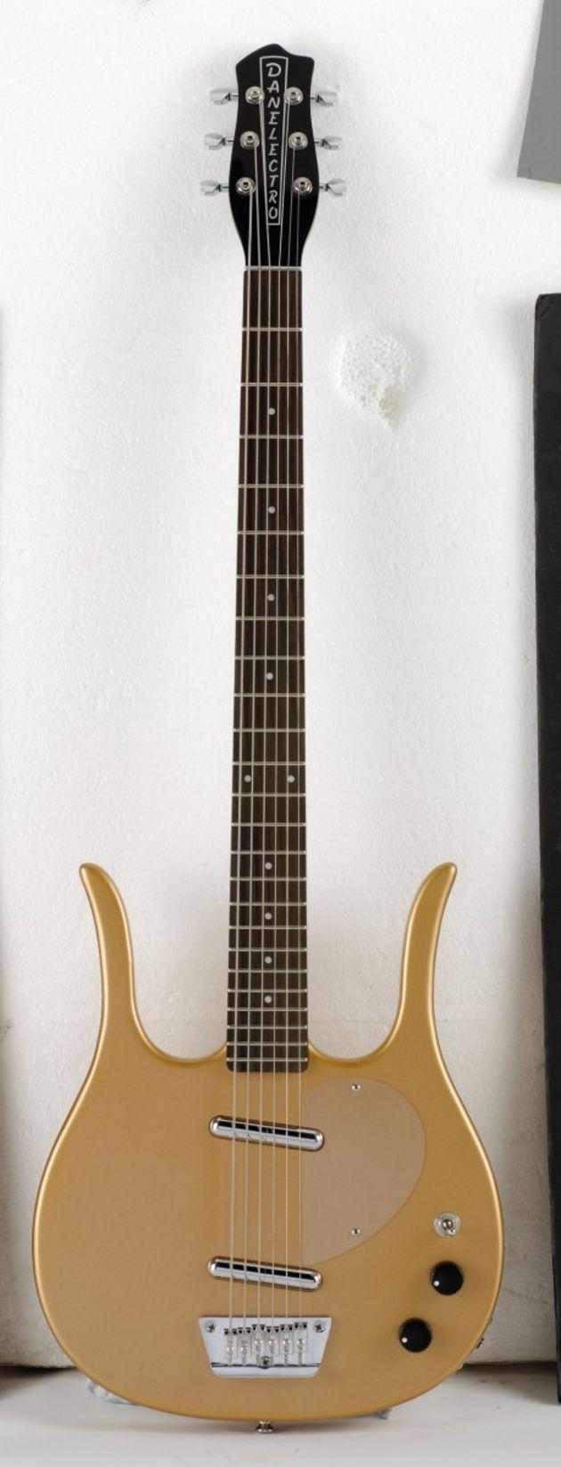 danelectro longhorn baritone guitar reviews musicradar. Black Bedroom Furniture Sets. Home Design Ideas