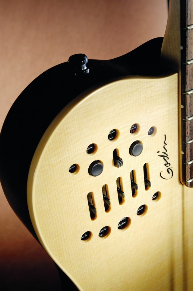 The A4 SA's controls are cleverly disguised as a slotted soundhole.