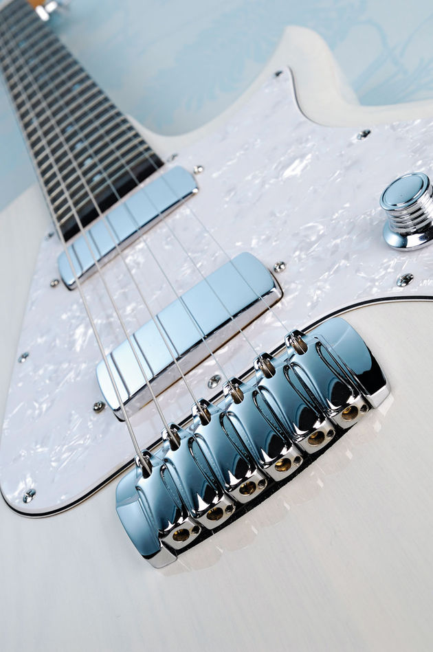 The Classic's chrome hardware and pearloid scratchplate