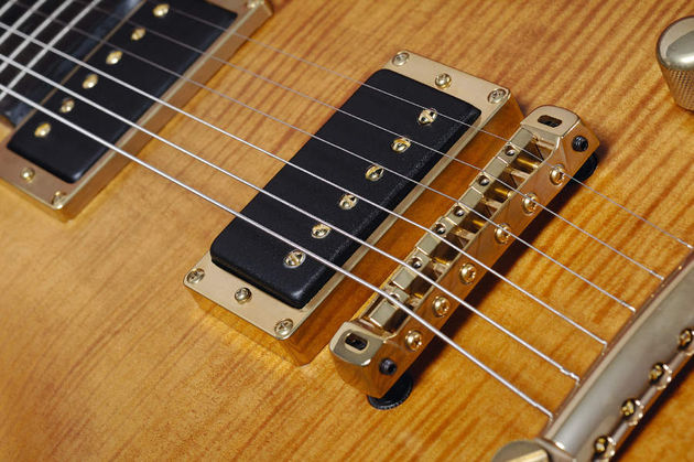The Imperator has two special DiMarzio pickups, custom-made for Lag.