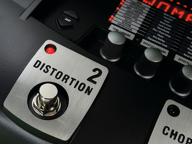 Along with the other four footswitches, the distortion can be used as a virtual stompbox