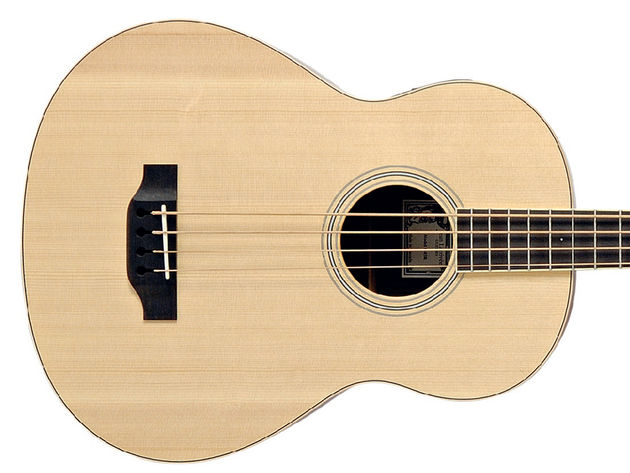 The B-03RE is modelled on Larivée's D-03 guitar