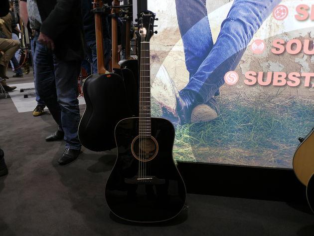 Fender F1020