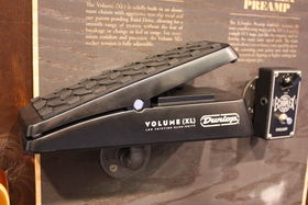 NAMM 2014 : le stand Dunlop fait le plein de nouvelles pédales