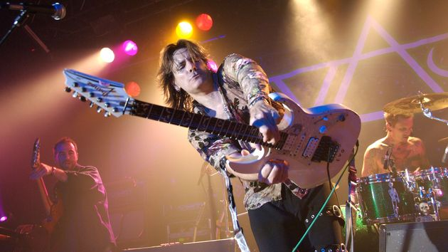 Live At The Astoria avec Steve Vai