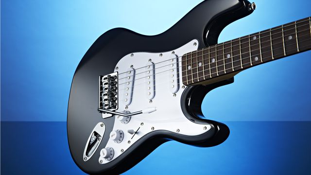 Gear4Music 3/4 Electric-ST Guitar