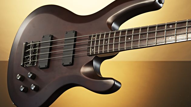 Black Knight CB-42WS bass guitar