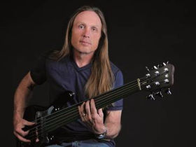 Musikmesse 2011: Bassist Steve Bailey joins the Warwick roster