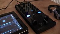 Native Instruments Traktor Kontrol Z1 hands-on review