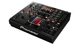 Pioneer unveils the DJM-2000nexus mixer