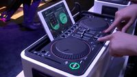 First look video: Philips M1X-DJ