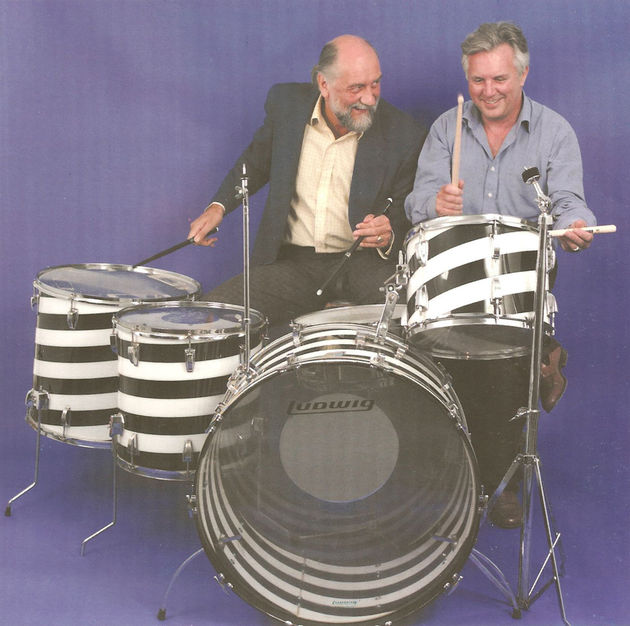 Mick Fleetwood and The Fame Bureau's Ted Owen try the kit out for size