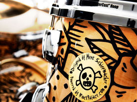 Chad Smith's Pearl drumkit gets a tattoo
