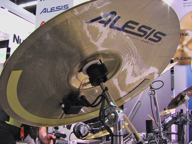 The workings of the Surge series are mounted to the cymbals' underside