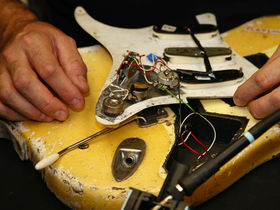Fender begins work on Malmsteen replica