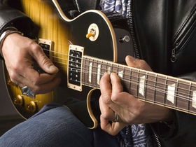 New Slash signature Les Pauls revealed