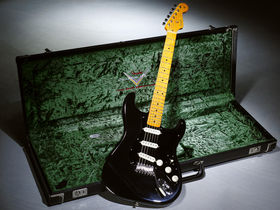 Fender launches David Gilmour Black Strat