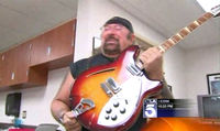 Man finds stolen Rickenbacker… 17 years later!