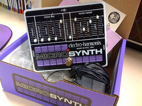 FIRST LOOK: Electro-Harmonix Microsynth