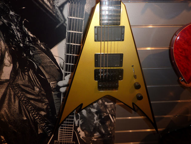 Jackson Phil Demmel Signature King V - Gold