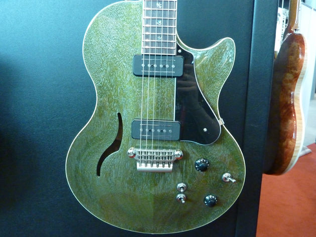 Vox Virage II Butterfly Series VG2SC Special Edition