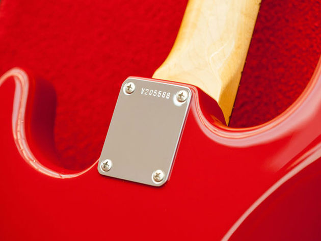 '65 Stratocaster neck plate
