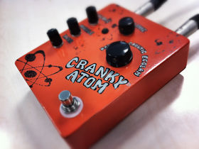 VIDEO: Flickinger Tone Boxes Cranky Atom overdrive pedal demo