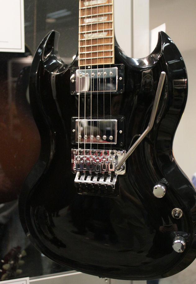 Gibson SG Diablo Tremolo
