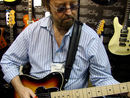 NAMM 2012 VIDEO: Jerry Donahue demos the Fret-King Black Label JD